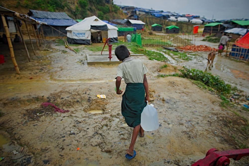 Rohingya Crisis Photo by Sanjoy Shubro,Kotupalong, Chittagong, Bangladesh_water container