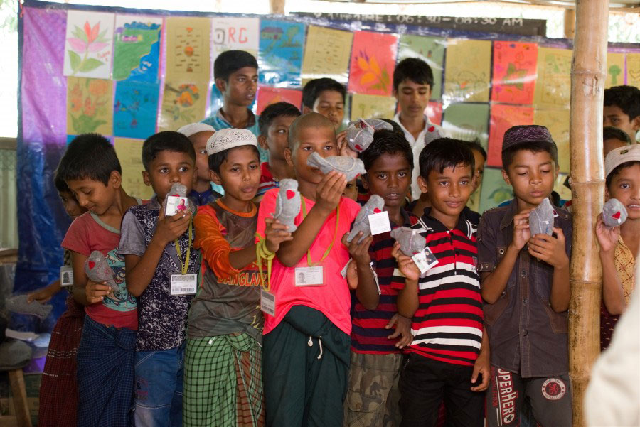 Rohingya refugees with Peacedoves in Bangladesh 2018