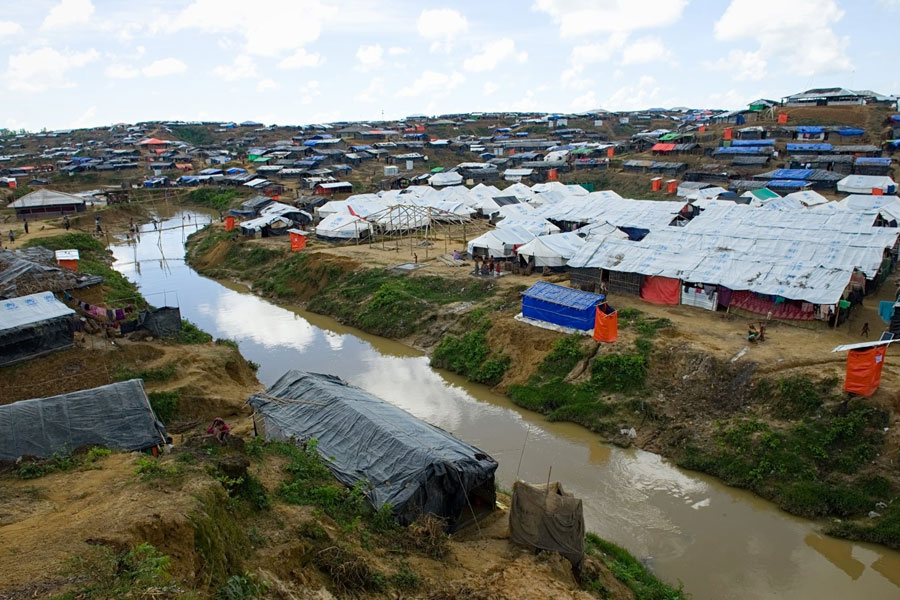 full view of Rohingya refugees at Kutupalong camp Bangladesh