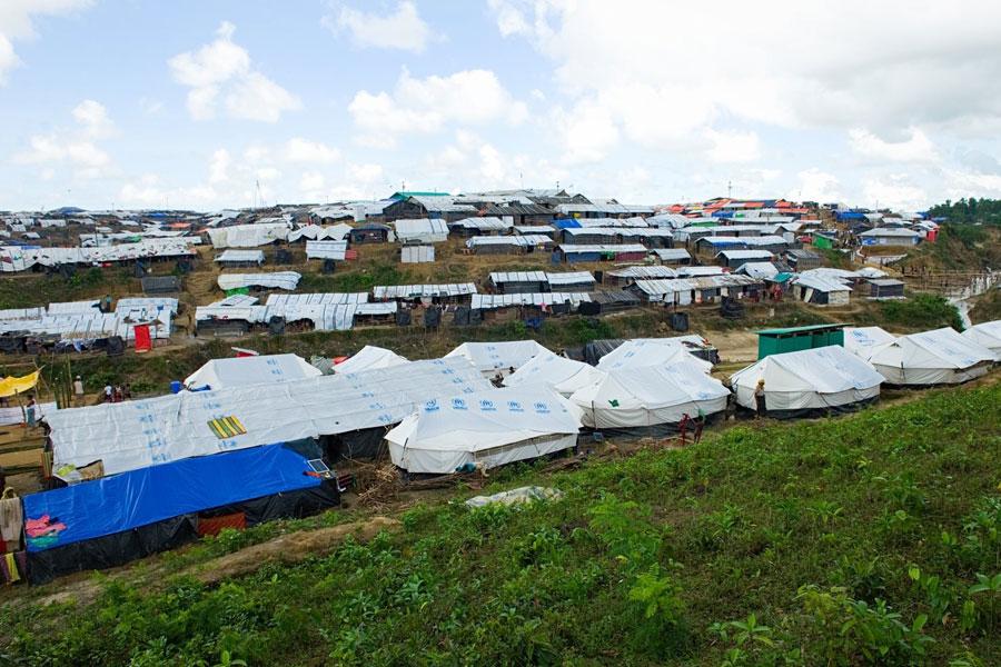 bird eye view of Rohingya refugees in Kutupalong camp Bangladesh
