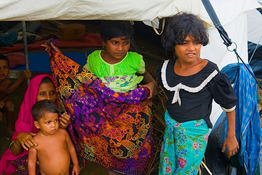 NRS Relief provides tent to Rohingya refugees at Kutupalong Bangladesh