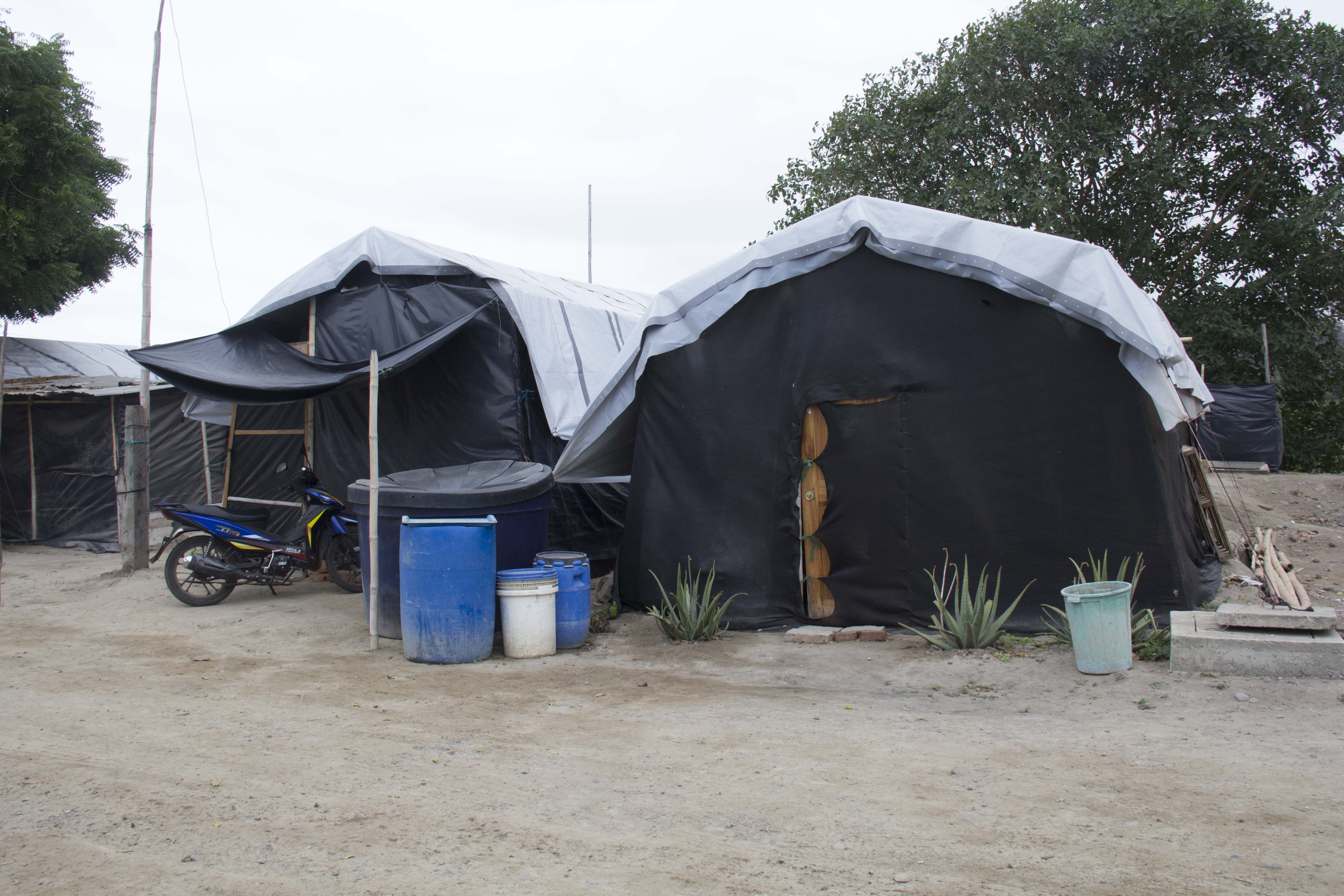 refugee homes at Ecuador in 2016