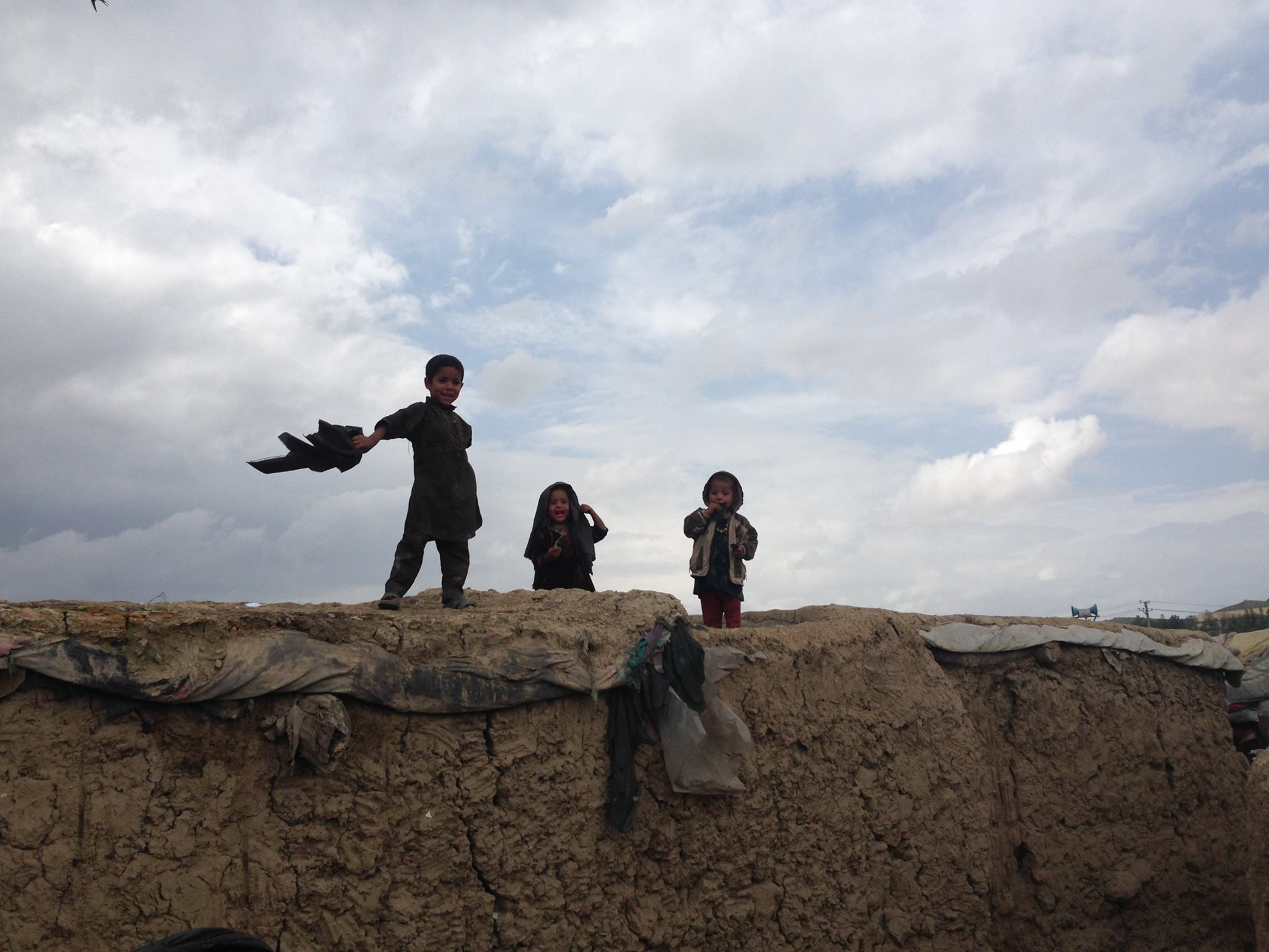 refugee kids playing at Afghanistan 2016