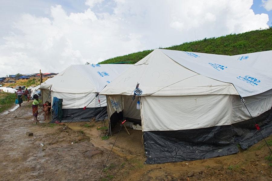 Rohingya refugee tents at Kutupalong camp Bangladesh