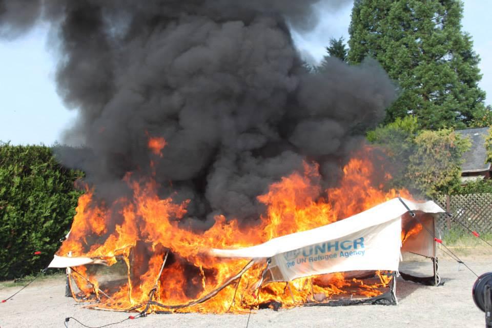 tent fire retardant field test France backside in 2014