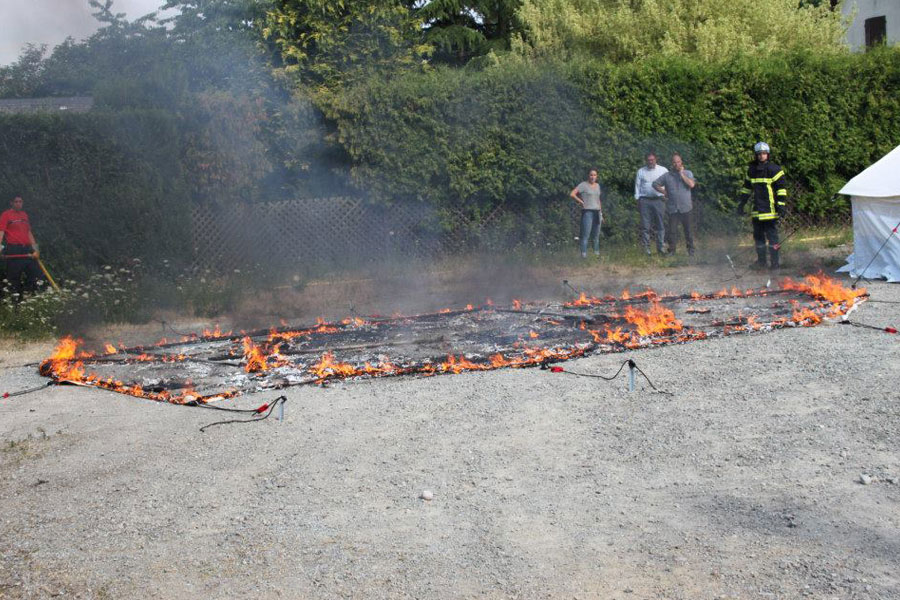 tent on fire retardant field test France in 2014